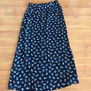 Dresses & Skirts - Cute Vintage Long Skirt